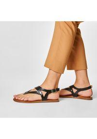 Czarne sandały Gioseppo na co dzień, casualowe