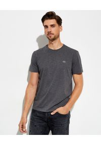 Lacoste - LACOSTE - Szary t-shirt z elastycznej bawełny Regular Fit. Kolor: szary. Materiał: bawełna