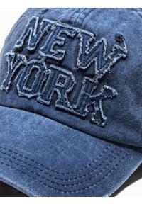 Ombre Clothing - Czapka męska z daszkiem H058 - granatowa - uniwersalny. Kolor: niebieski. Materiał: bawełna