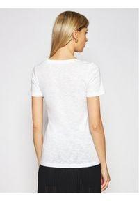 Marc O'Polo T-Shirt 102 2261 51139 Biały Regular Fit. Typ kołnierza: polo. Kolor: biały