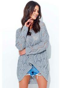 Makadamia - Szary Ażurowy Luźny Sweter z Szerokim Dekoltem. Kolor: szary. Materiał: akryl. Wzór: ażurowy