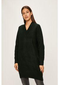 ANSWEAR - Answear - Sweter. Kolor: zielony. Materiał: dzianina, materiał. Długość rękawa: raglanowy rękaw. Wzór: gładki