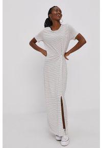 Vero Moda - Sukienka. Okazja: na co dzień. Kolor: biały. Materiał: lyocell, dzianina, materiał, tkanina, jedwab. Długość rękawa: krótki rękaw. Typ sukienki: proste. Styl: casual