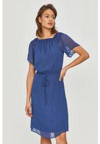 Niebieska sukienka DKNY na co dzień, z dekoltem typu hiszpanka