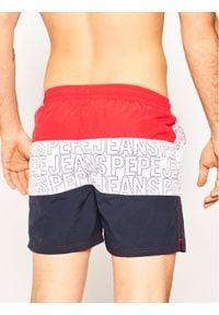 Pepe Jeans Szorty kąpielowe Erik PMB10241 Czerwony Regular Fit. Kolor: czerwony