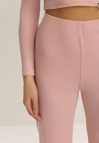 Różowe spodnie materiałowe Renee