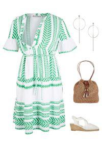 Zielona sukienka bonprix z nadrukiem, moda ciążowa