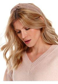 Różowy sweter TOP SECRET na wiosnę, klasyczny