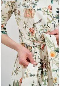Marie Zélie - Sukienka Aglaia Luzula kremowa. Typ kołnierza: kołnierzyk stójkowy. Kolor: kremowy. Materiał: bawełna, elastan