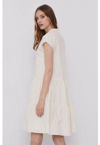 Samsoe & Samsoe - Samsoe Samsoe - Sukienka. Kolor: beżowy. Materiał: tkanina. Długość rękawa: krótki rękaw. Wzór: gładki. Typ sukienki: rozkloszowane #5