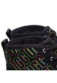 Ugg - Trzewiki UGG - K Neumel II Graphic Stitch 1116170K Blk. Okazja: na spacer. Kolor: czarny. Materiał: skóra, zamsz. Szerokość cholewki: normalna. Sezon: zima