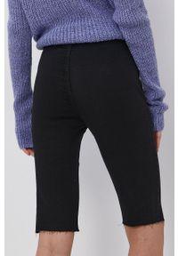 only - Only - Szorty jeansowe. Kolor: czarny. Materiał: jeans