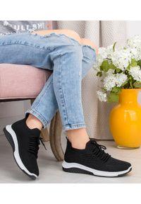 Czarne buty sportowe N/M bez zapięcia, trekkingowe