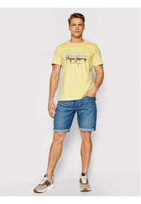 Pepe Jeans T-Shirt Moe 2 PM507778 Żółty Regular Fit. Kolor: żółty