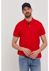 Pepe Jeans - Polo Lucas. Typ kołnierza: polo. Kolor: czerwony. Materiał: dzianina. Długość: krótkie. Wzór: gładki, aplikacja