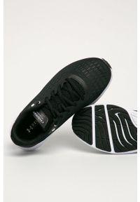 Czarne buty sportowe Under Armour z okrągłym noskiem, na sznurówki