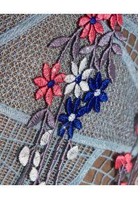 SELF PORTRAIT - Koronkowa sukienka midi. Okazja: na wesele, na imprezę, na komunię, na ślub cywilny. Kolor: czarny. Materiał: koronka. Długość rękawa: na ramiączkach. Wzór: kolorowy, aplikacja, koronka, geometria. Styl: retro. Długość: midi