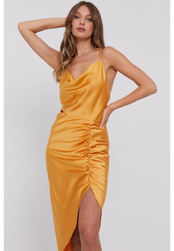 Samsoe & Samsoe - Samsoe Samsoe - Sukienka F21200139. Okazja: na co dzień. Kolor: pomarańczowy. Materiał: tkanina. Długość rękawa: na ramiączkach. Wzór: gładki. Typ sukienki: proste. Styl: casual