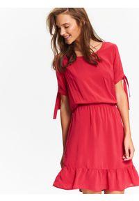 Czerwona sukienka TOP SECRET na jesień, casualowa, na co dzień