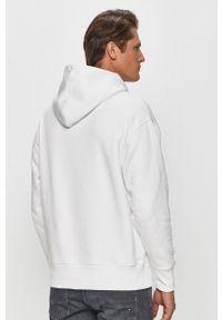 Biała bluza nierozpinana Tommy Jeans z aplikacjami, z kapturem