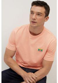 Pomarańczowy t-shirt Mango Man na co dzień, z nadrukiem, z okrągłym kołnierzem, casualowy