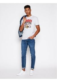 Tommy Jeans T-Shirt DM0DM10220 Szary Regular Fit. Kolor: szary