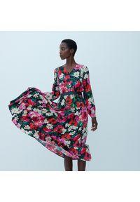 Reserved - Wzorzysta sukienka z wiskozy - Wielobarwny. Materiał: wiskoza