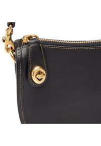 Czarna torebka klasyczna Coach skórzana