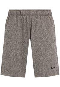 Szare spodenki sportowe Nike