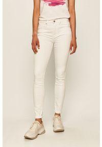 Białe jeansy TOMMY HILFIGER