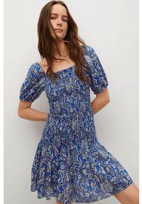 mango - Mango - Sukienka CRUISE. Kolor: niebieski. Materiał: tkanina, bawełna. Długość rękawa: krótki rękaw. Typ sukienki: rozkloszowane