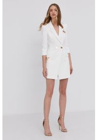 Elisabetta Franchi - Sukienka. Kolor: biały. Materiał: tkanina. Wzór: gładki. Typ sukienki: dopasowane