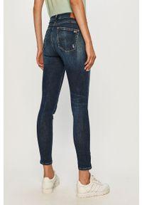 Niebieskie jeansy Tommy Jeans
