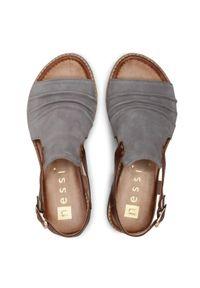 Szare sandały Nessi