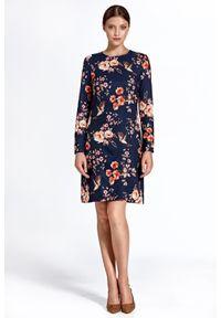 Sukienka prosta, elegancka, z długim rękawem