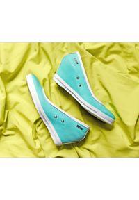 Miętowe półbuty Zapato glamour, w kolorowe wzory, na spotkanie biznesowe