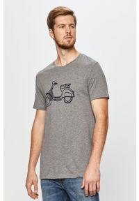 Wielokolorowy t-shirt John Frank na co dzień, z nadrukiem