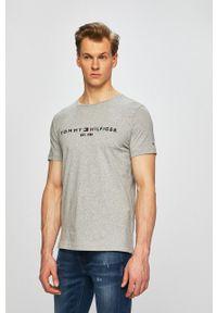 TOMMY HILFIGER - Tommy Hilfiger - T-shirt. Okazja: na co dzień. Kolor: szary. Wzór: nadruk. Styl: casual