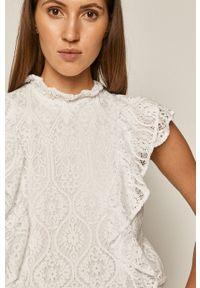 Biała bluzka medicine casualowa, z krótkim rękawem, na co dzień, ze stójką