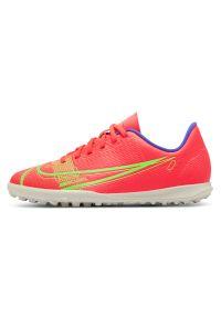 Buty dla dzieci piłkarskie turfy Nike Mercurial Vapor 14 Club TF CV0945. Materiał: skóra, syntetyk, guma, materiał. Szerokość cholewki: normalna. Sport: piłka nożna