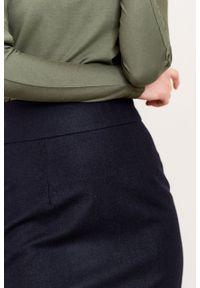 Marie Zélie - Spódnica Nela wełna granatowa. Stan: podwyższony. Kolor: niebieski. Materiał: wełna. Wzór: motyw zwierzęcy. Styl: elegancki