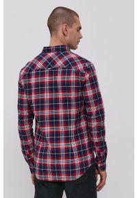 Tommy Jeans - Koszula. Typ kołnierza: button down. Kolor: niebieski. Materiał: bawełna, tkanina. Długość rękawa: długi rękaw. Długość: długie. Wzór: aplikacja