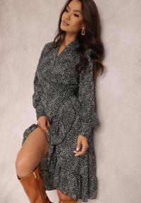 Renee - Czarna Sukienka Salmiana. Kolor: czarny. Materiał: materiał. Typ sukienki: kopertowe. Długość: mini