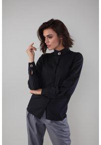 Czarna koszula Nommo ze stójką, w kwiaty, elegancka