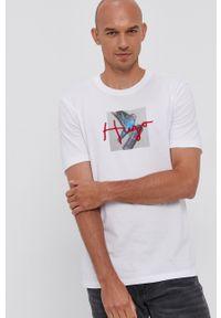 Hugo - T-shirt bawełniany. Kolor: biały. Materiał: bawełna. Wzór: nadruk