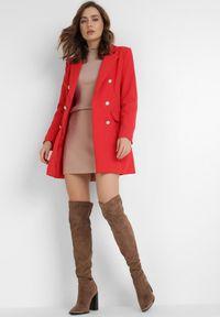Born2be - Czerwona Marynarka Melloreia. Okazja: na spotkanie biznesowe. Kolor: czerwony. Materiał: tkanina. Długość: długie. Styl: wizytowy, biznesowy #3