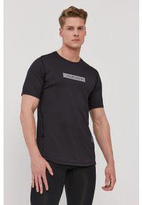 Calvin Klein Performance - T-shirt. Okazja: na co dzień. Kolor: czarny. Materiał: włókno, dzianina, materiał. Wzór: nadruk. Styl: casual