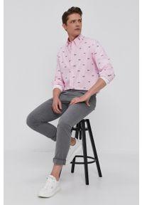 Polo Ralph Lauren - Koszula bawełniana. Okazja: na co dzień. Typ kołnierza: polo. Kolor: różowy. Materiał: bawełna. Długość rękawa: długi rękaw. Długość: długie. Wzór: aplikacja. Styl: casual