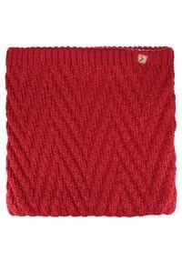 Różowy szalik outhorn na jesień