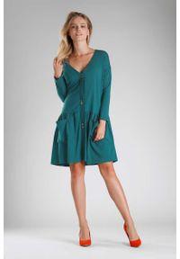 Nommo - Zielona Sukienka o Luźnym Fasonie Zapinana na Guziki. Kolor: zielony. Materiał: bawełna, poliester